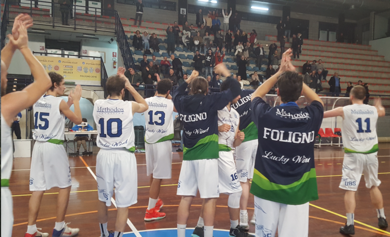 L'UBS Lucky Wind all'ultimo minuto supera il Basket Todi